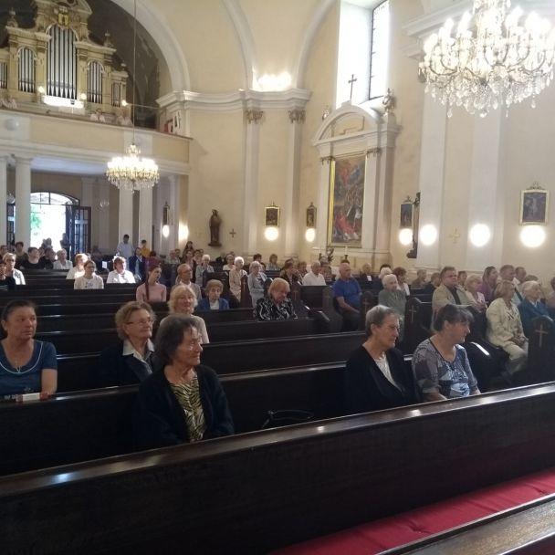 Hodová omša v Kostle Povýšenia svätého Kríža