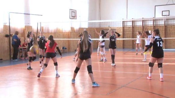 Už prvý set jasne ovládli hráčky VA Žilina