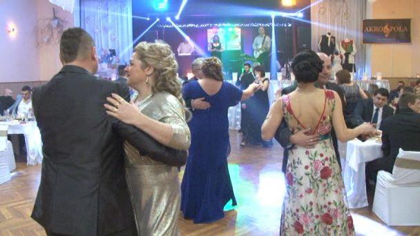 Výťažok plesu v Janovej Lehote dostanú starkí
