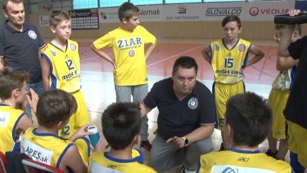 Žiarski basketbalisti vs. Považská Bystrica