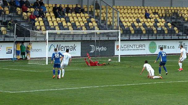 Futbal: FK Pohronie vs. Skalica