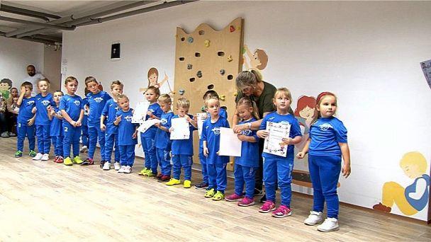 Futbalová školička má už 21 malých futbalistov