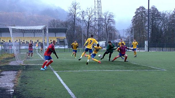 FK Pohronie v zápase so Zvolenom