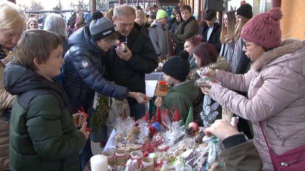 Vianočné trhy na Dvojke vyzbierali rekordnú sumu