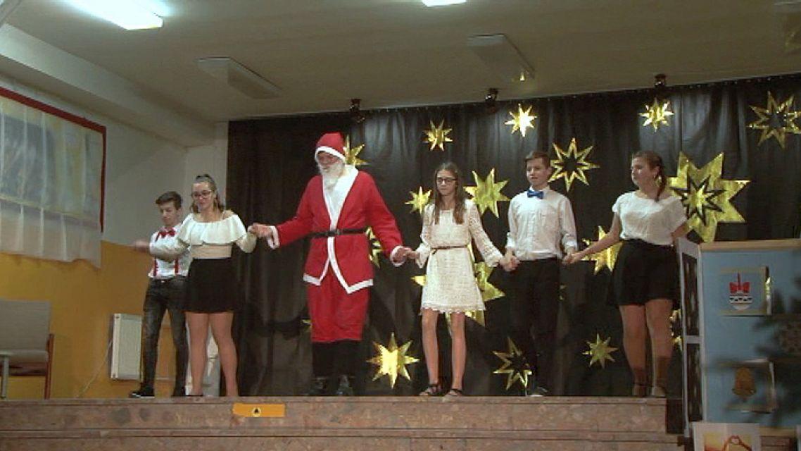 Do Vianočnej akadémie žiarskej Štvorky sa zapojilo 200 žiakov