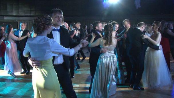 48. ples žiarskeho gymnázia - bez komentára
