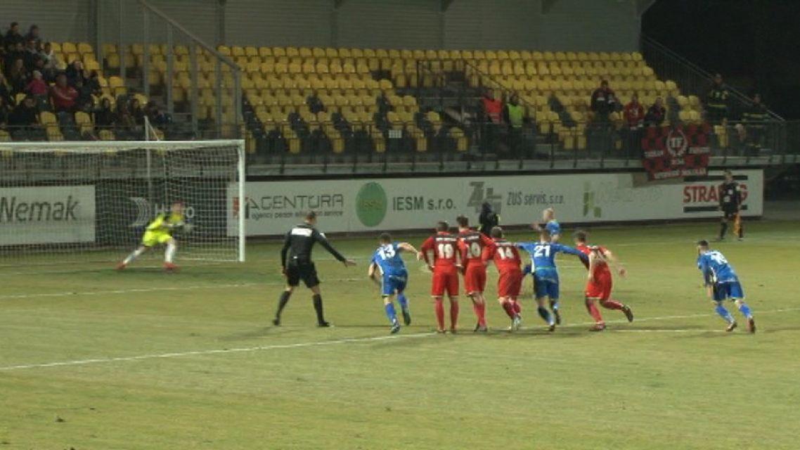 1.FK Pohronie hralo proti 2.Liptovskému Mikulášu