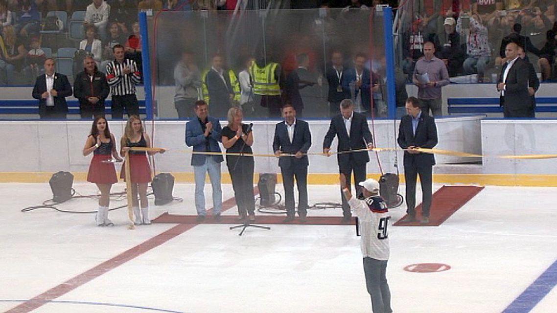 Žiarsky zimný štadión otvoril spolu s Petrom Antalom aj  premiér SR