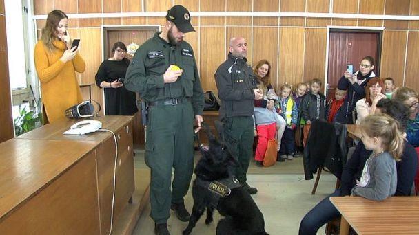 Polícia rozbehla letnú akciu na záchranu našich najmenších