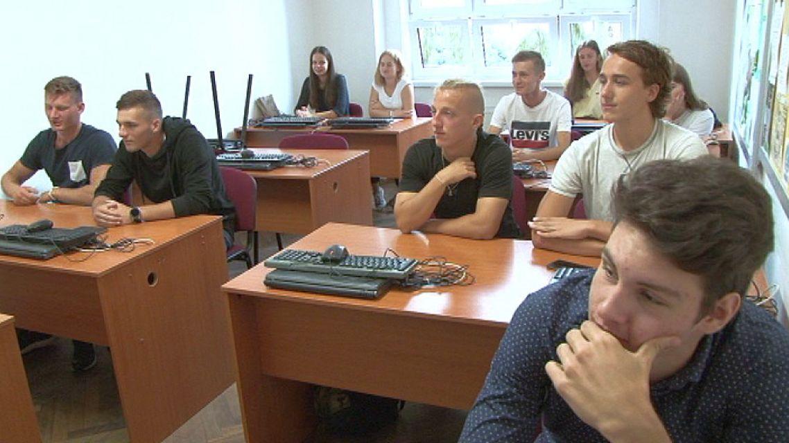 Študenti žiarskej obchodnej akadémie budú praxovať vo firmách