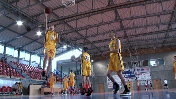 Žiarski basketbalisti idú do tuhých bojov o titul