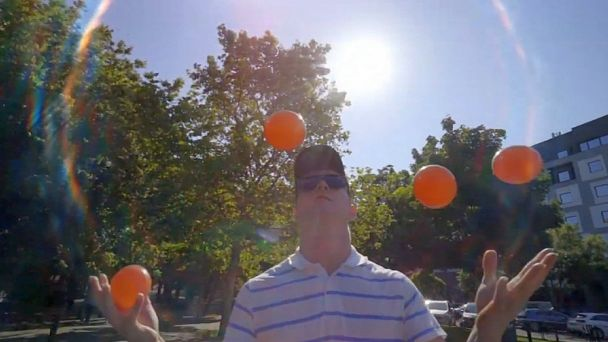 Žiarčan Stano Mečiar je špičkový žonglér