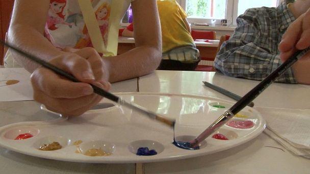 Deti v Letnej školičke učila aj výtvarníčka Jolana Palajová