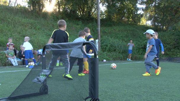 """Žiarska """"mašinéria"""" malých futbalistov sa na štadióne nezastaví"""