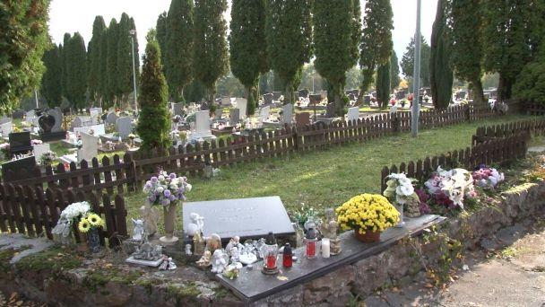 Prejdite sa s nami žiarskym cintorínom.