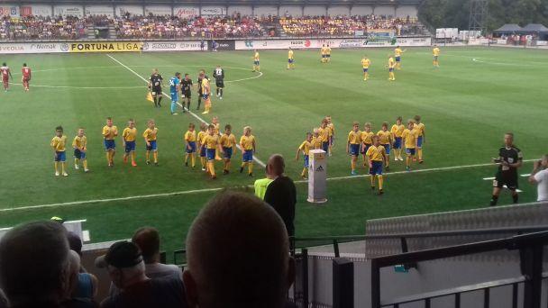Otvorili sa športoviská, na zápasy sa pripravuje aj FK Pohronie