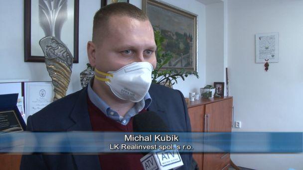 Žiarski školáci dostali rúška a respirátory darom