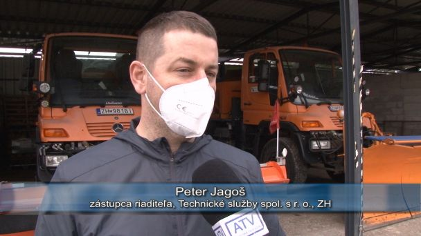 Zima skončila a v Žiari sa začalo s čistením ulíc