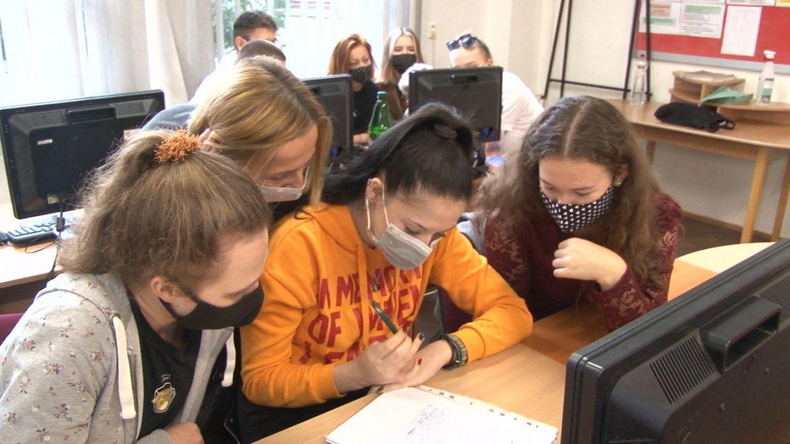 Obchodná akadémia v Žiari si pripomenula Európsky deň jazykov