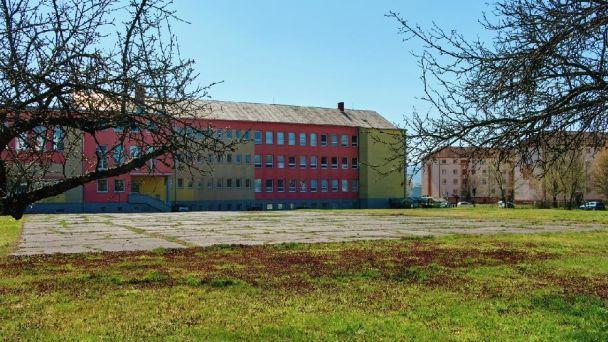 Žiarske gymnázium ponúka priestory na prenájom
