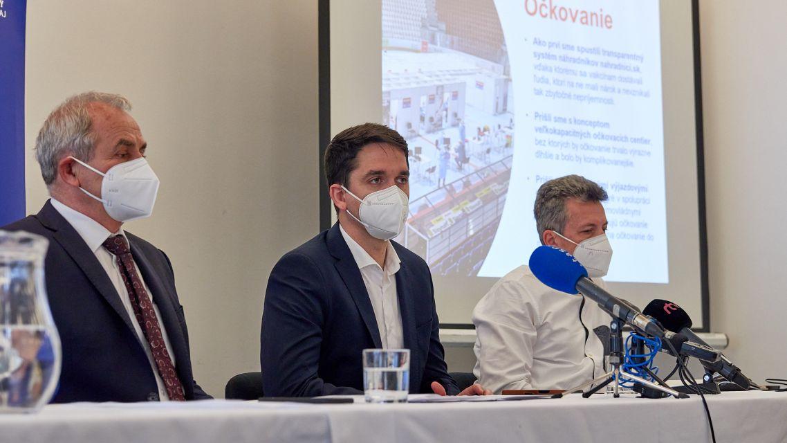 Banskobystrická župa spravila odpočet pandémie, pýta sa, ako ďalej